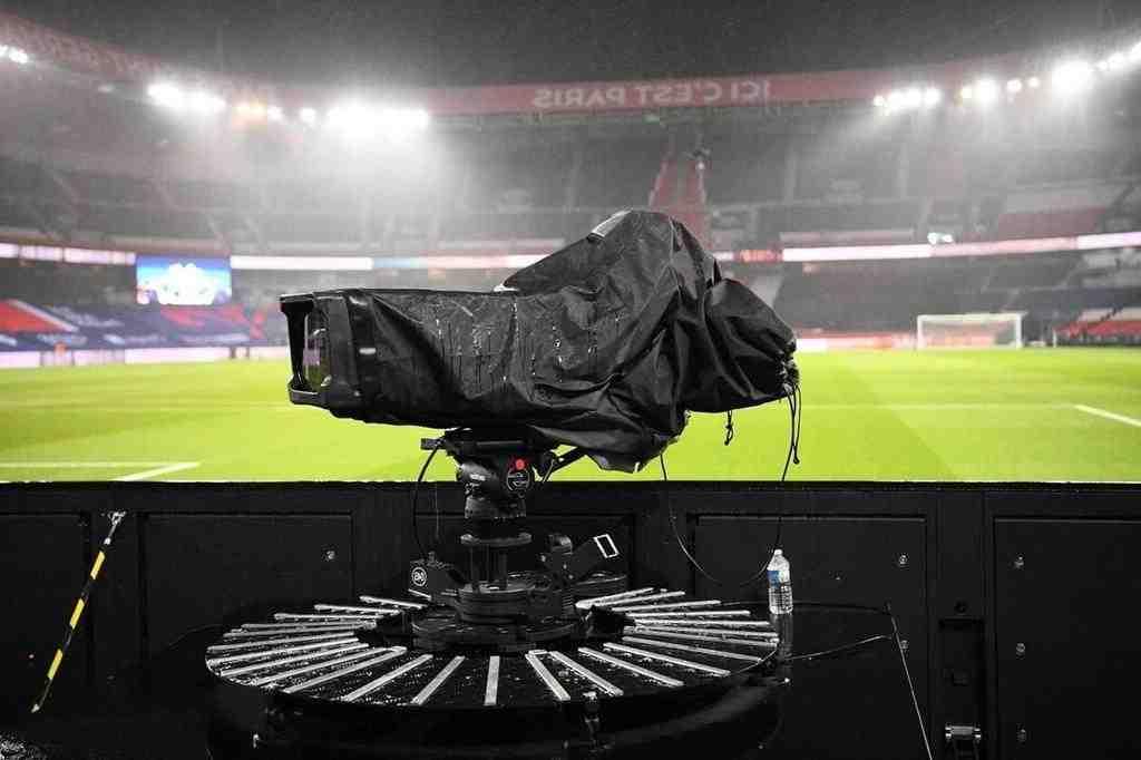 Droits télévisuels: Canal + refuse de négocier avec la Ligue de football professionnel