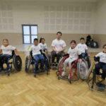 Football en fauteuil présenté aux étudiants