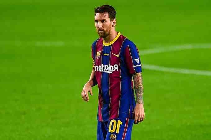 Football: les salaires des joueurs de Ligue 1 revus à la baisse