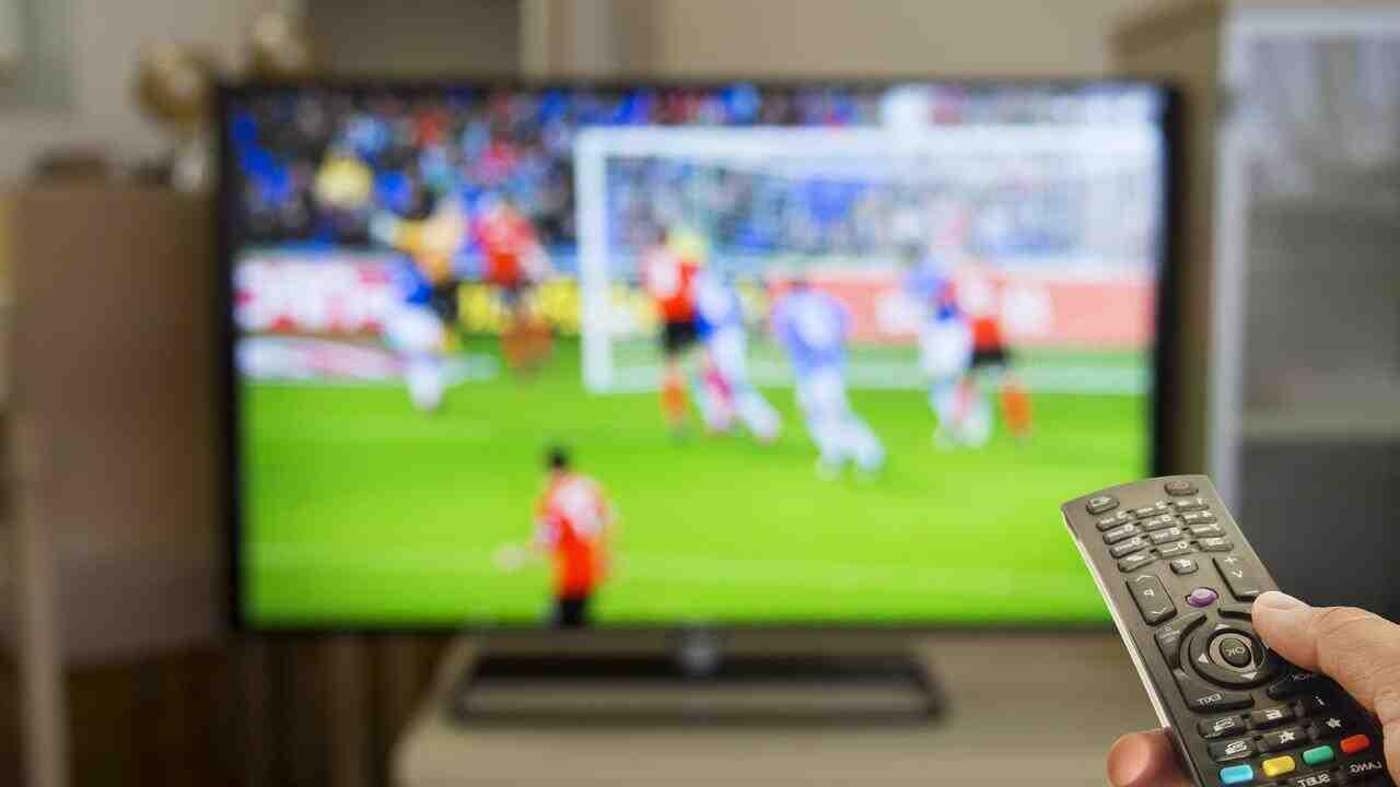 Football: le Parlement s'attaque à la diffusion illégale