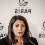 Football: les supporters du PSG affichent une bannière sexiste sur Shakira, le club condamne
