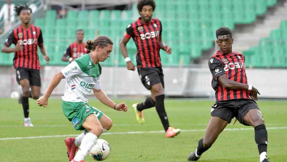 Se abre una academia de fútbol privada en Saint-Etienne