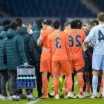 Football: l'équipe valencienne quitte le terrain après des insultes racistes présumées contre un joueur